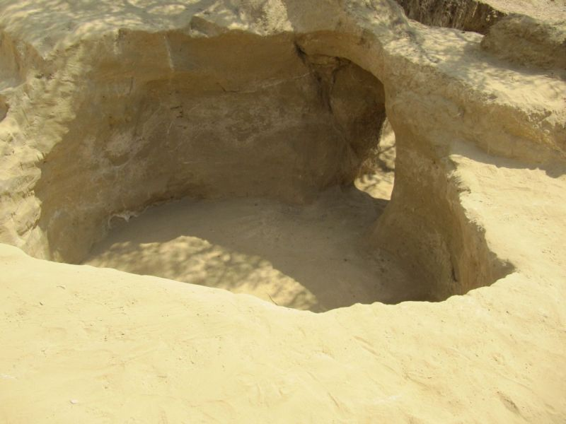 6b una tomba a camera alla fine dello scavo