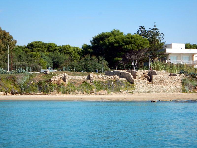 1 Il sito bizantino di Kaukana visto dal mare