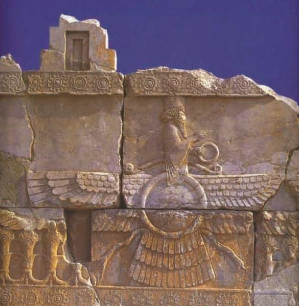 Figura-14-Rilievo a Persepolis