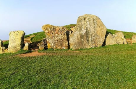 Neolithic long barrow burial monument, West Kennet, near Avebury, Wiltshire, England, UK